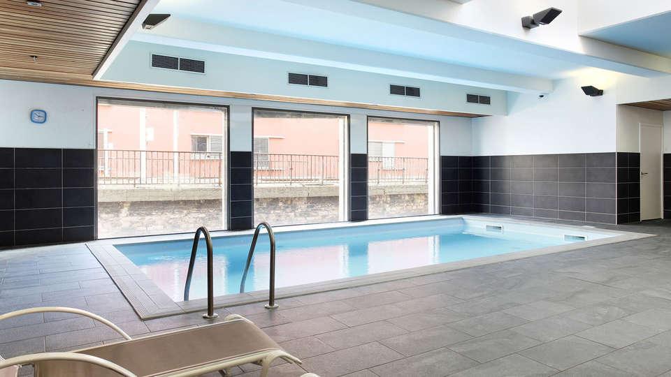 Appart'Hôtel Odalys Confluence  - Edit_Pool.jpg
