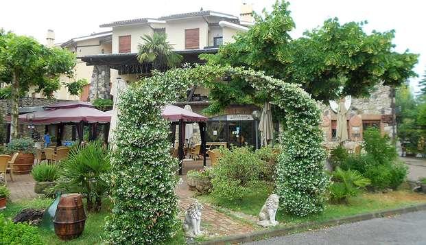 Noche romántica en Chiusi, en el corazón de Toscana