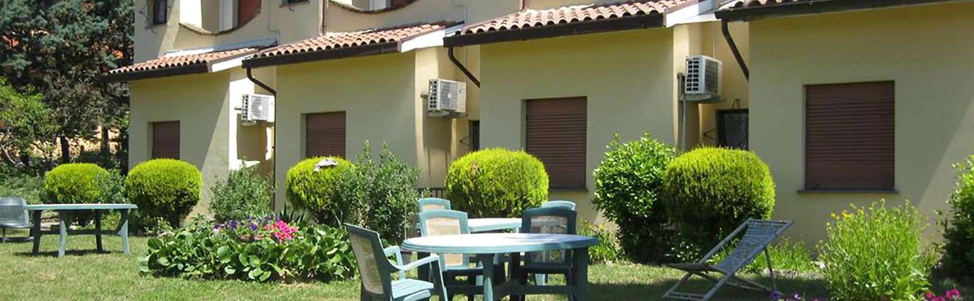 Hotel Rosati - Edit_Garden.jpg