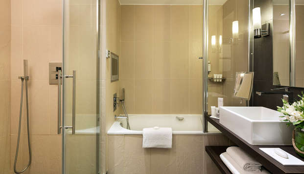 Hotel Barriere Le Gray d Albion Cannes - new bathroo
