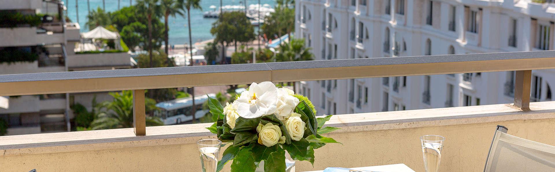 Hôtel Barrière Le Gray d'Albion Cannes - edit_new_balcon.jpg