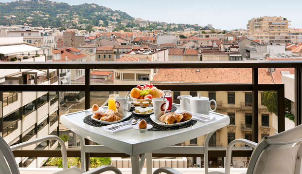 Hotel Barriere Le Gray d Albion Cannes - new balcony