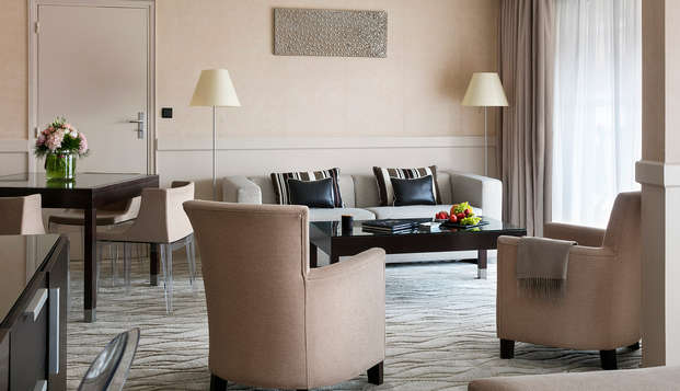 Hotel Barriere Le Gray d Albion Cannes - new room salon