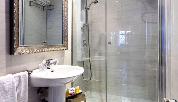 Hotel Palacio de Santa Ines - Bathroom