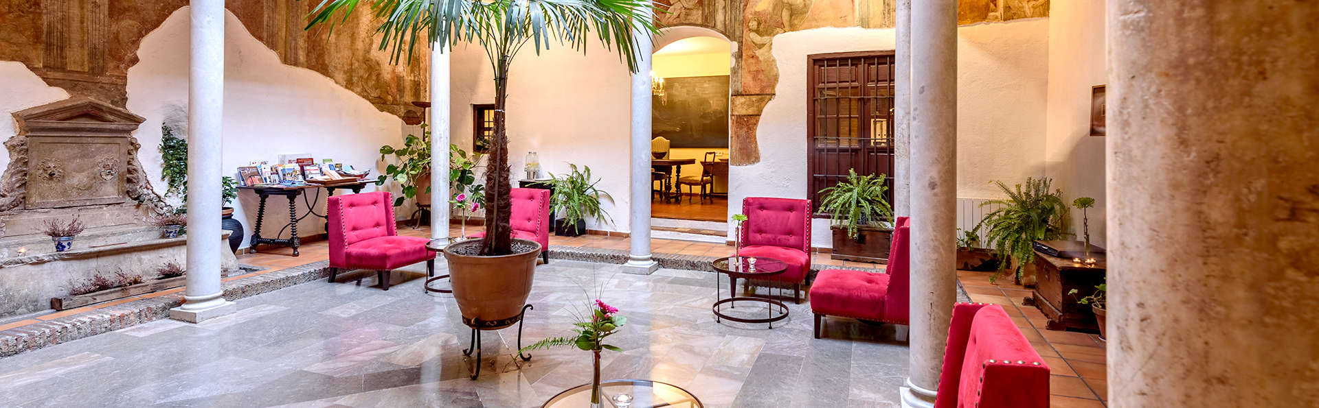 Hotel Palacio de Santa Inés  - Edit_Lobby.jpg