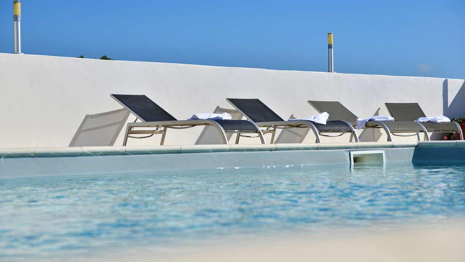 Hôtel Mas de la Grenouillère - EDIT_Pool_2.jpg