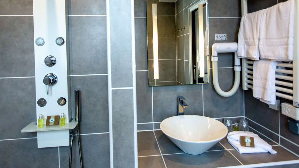 Les Ursulines Hôtel - EDIT_NEW_BATHROOM.jpg