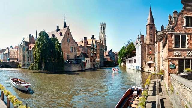 Descubre los canales de Brujas con un tour en barca