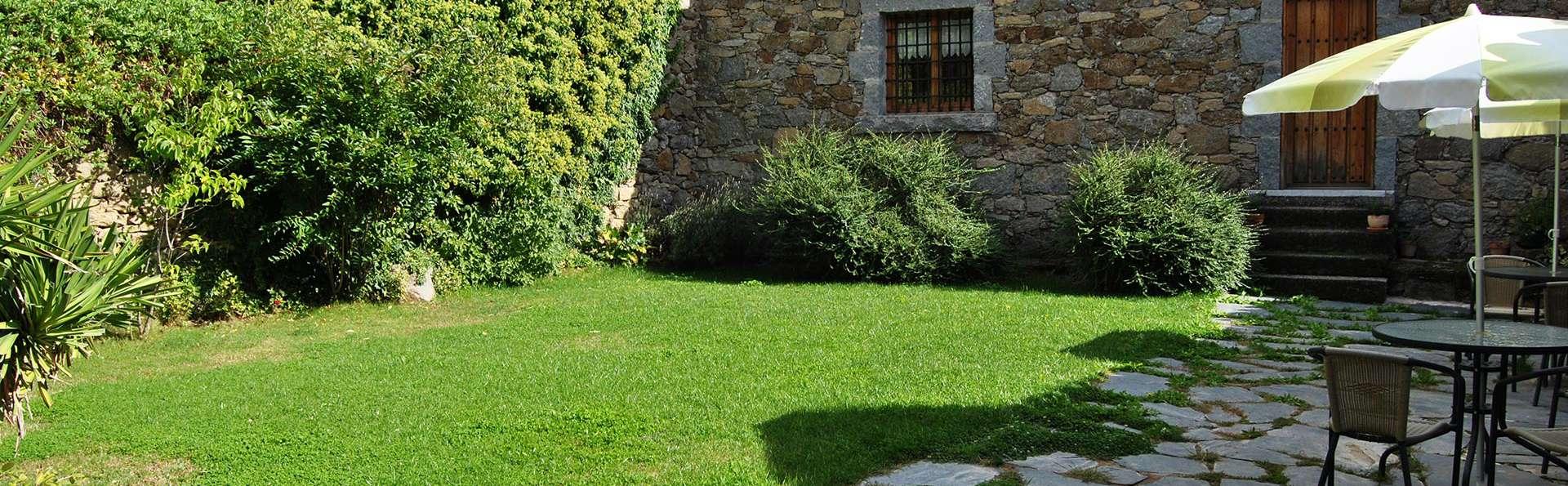 La Trocha De Hoyorredondo - Edit_Garden5.jpg