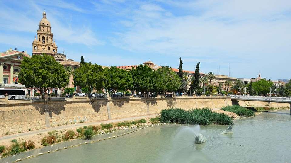 Hotel Azarbe - Edit_Murcia3.jpg