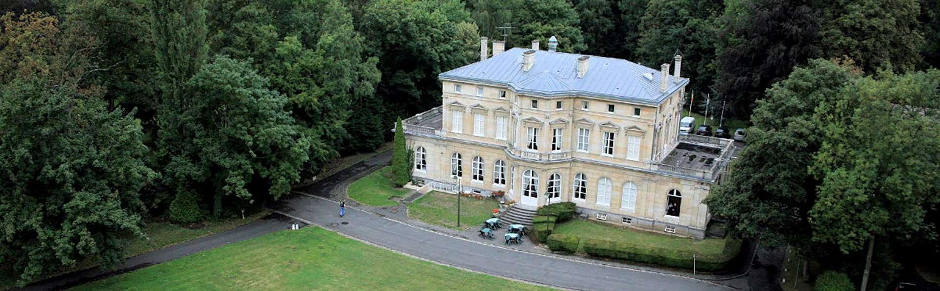 Château de La Motte Fenelon  - Edit_Front.jpg