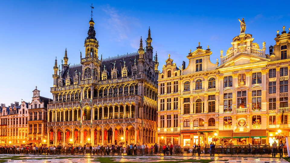 Fly Inn Hotel & Lounge - Edit_Brusels.jpg