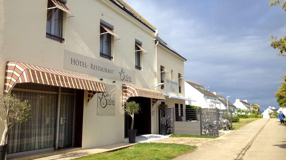 Hôtel Restaurant La Sirene - Edit_Front.jpg