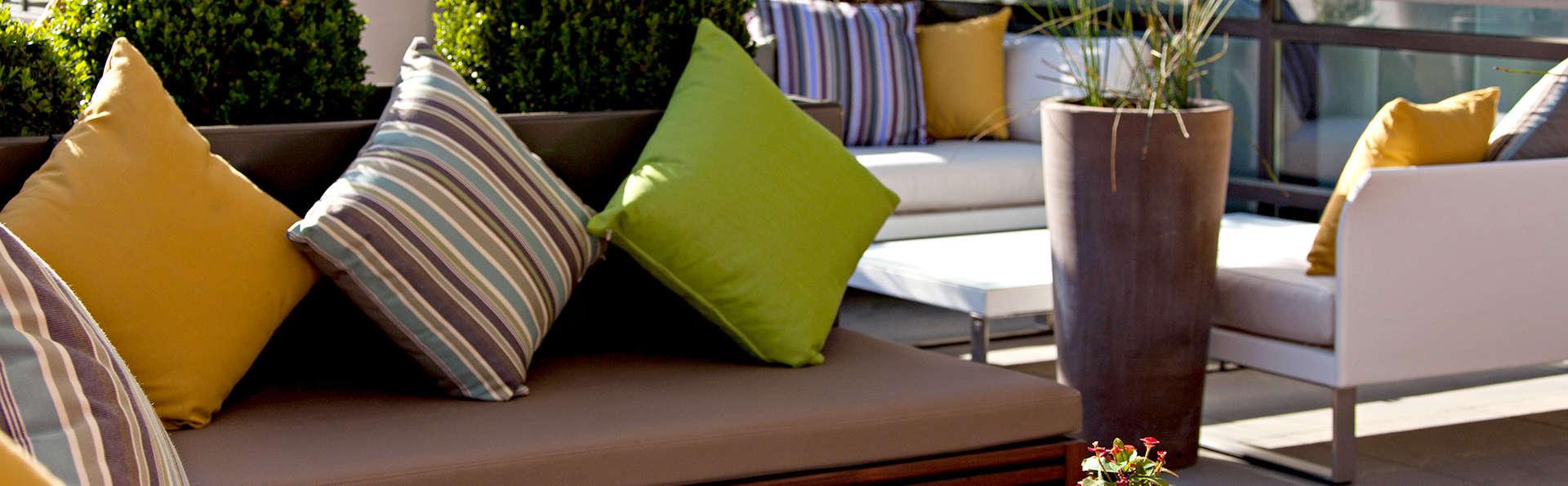 Hotel Renaissance Aix en Provence - Edit_Terrace4.jpg