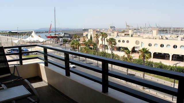 Paréntesis relajante con vistas al Puerto Deportivo de Alicante