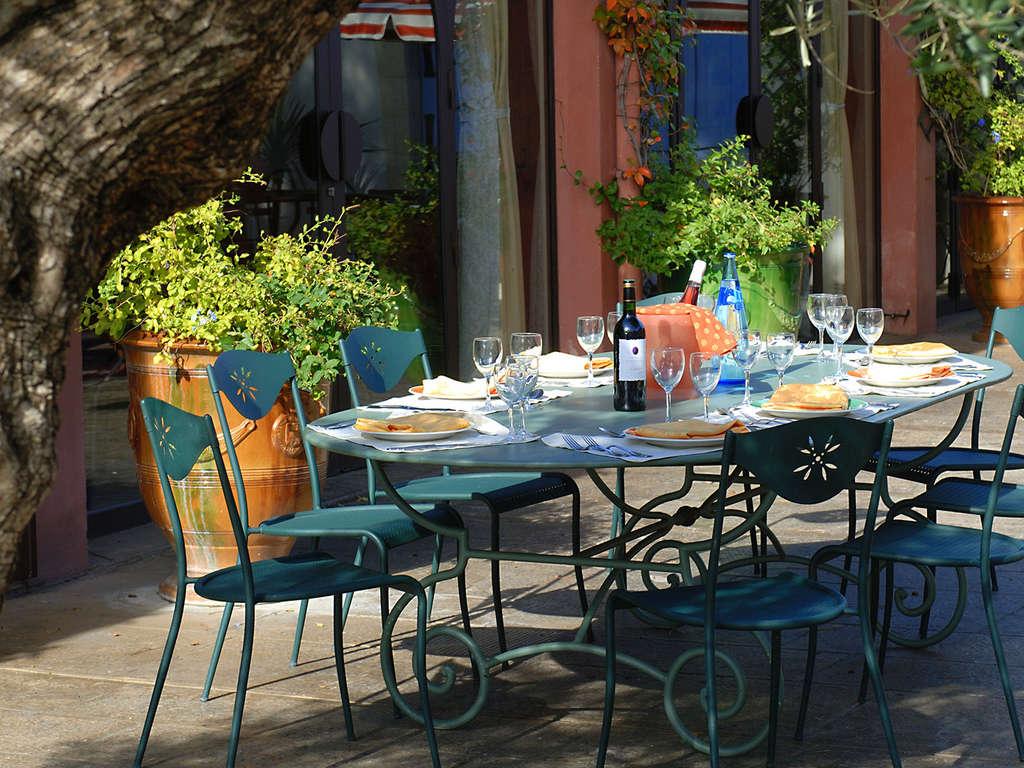 Séjour Gard - Charme et tranquilité en plein coeur d'un parc boisé à Nîmes  - 3*