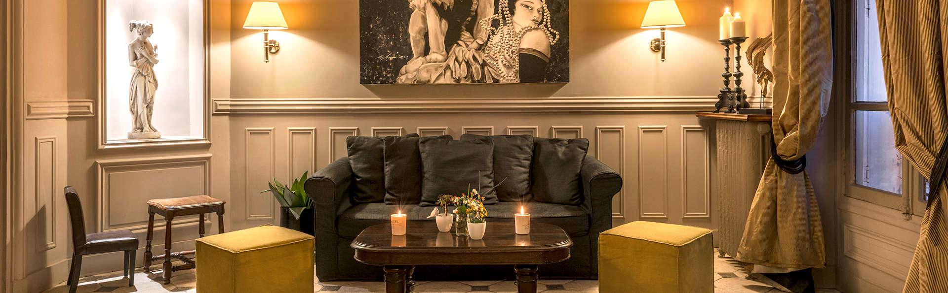 Hôtel Porte Dorée - Edit_Lounge2.jpg