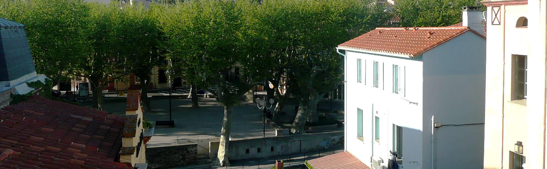 Hôtel Princes de Catalogne - Edit_View.jpg
