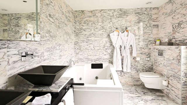Luxe en ontspanning in jacuzzisuite dicht bij Giverny