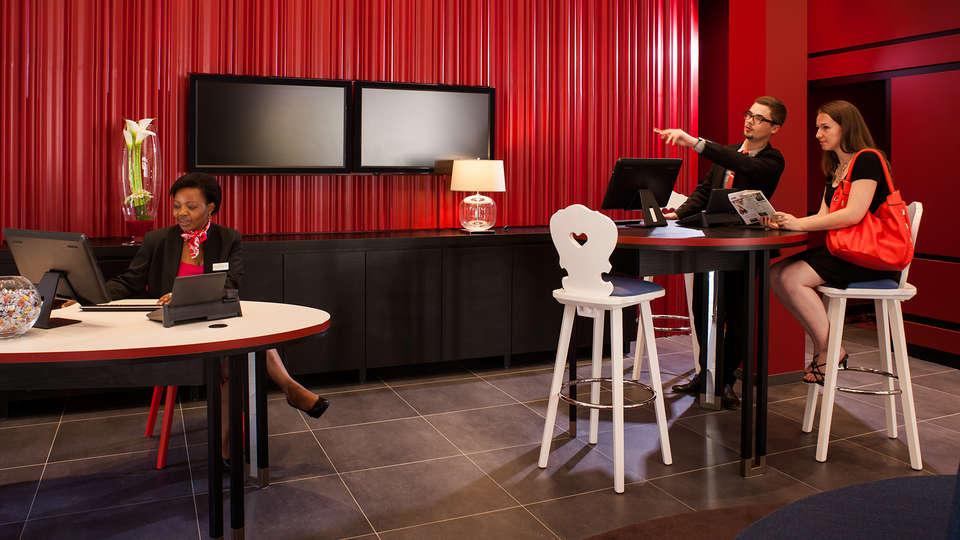 Mercure Strasbourg Centre - edit_new_reception.jpg