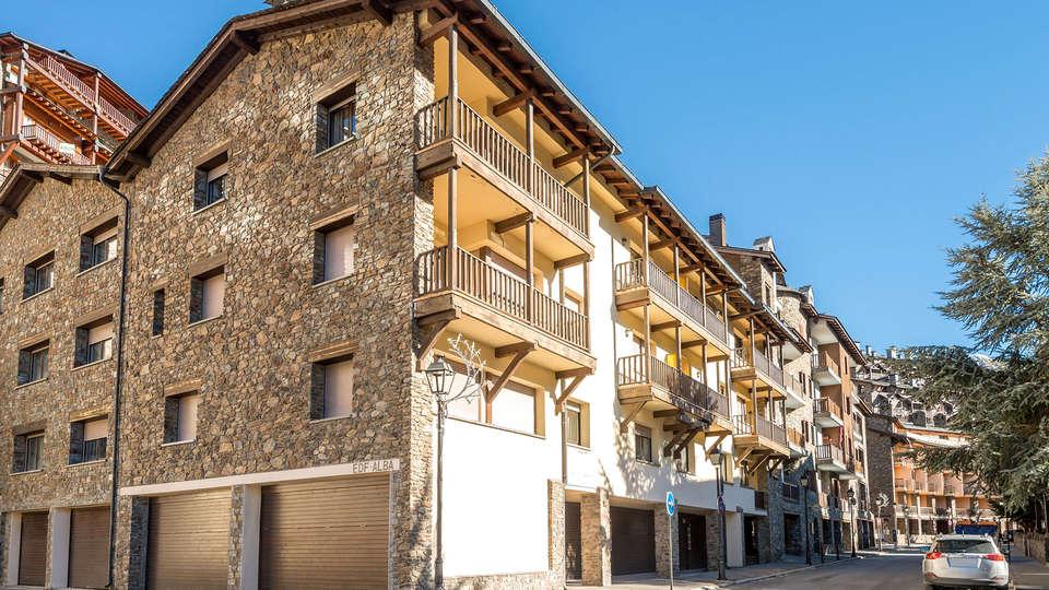 Pierre & Vacances Andorra El Tarter - Edit_Front.jpg