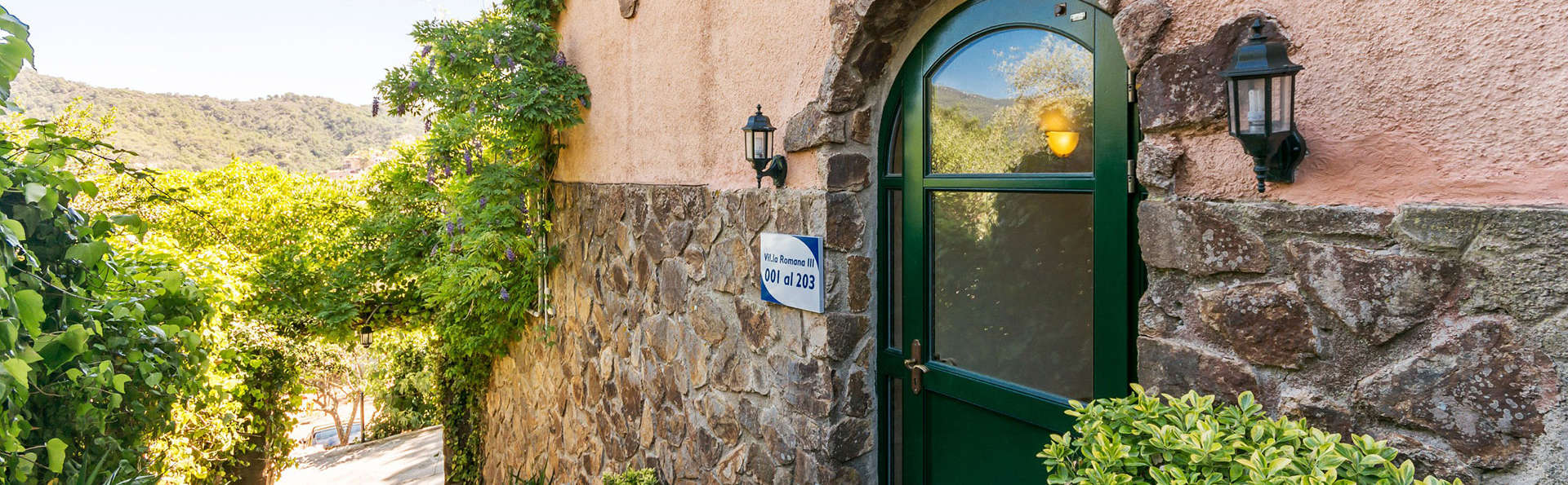 Pierre & Vacances Villa Romana - Edit_Front.jpg