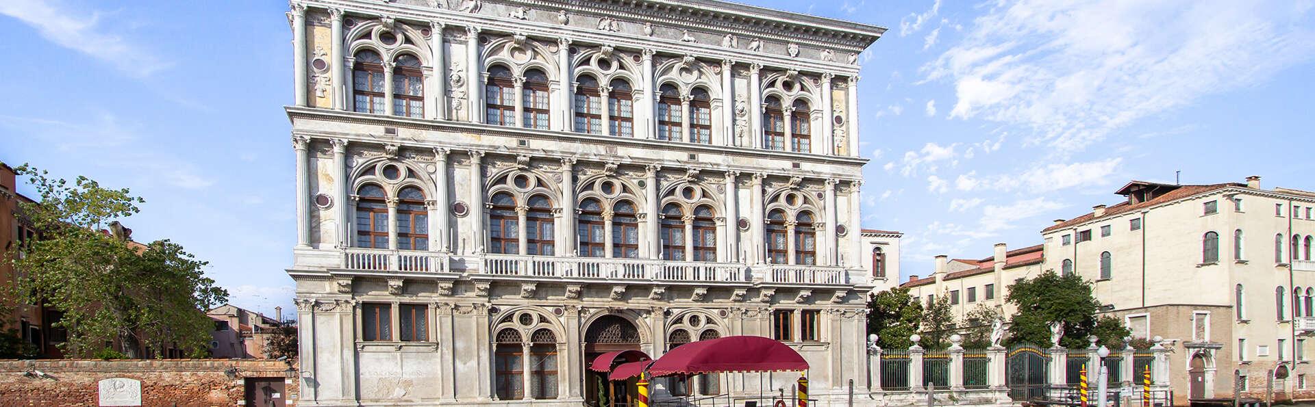 Séjour avec entrée au Casino de Venise, dans un hôtel au centre !