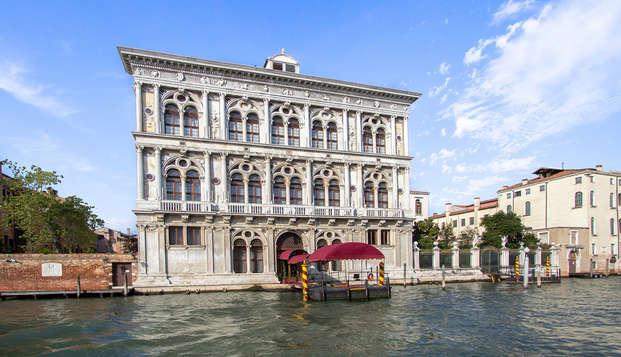 ¡Estancia con entrada al Casino de Venecia en un hotel en el centro!