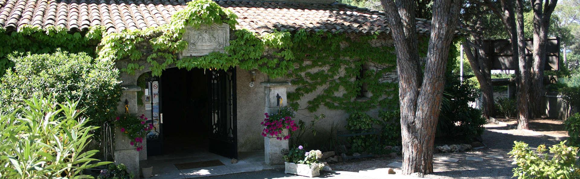 San Pedro Hôtel - Edit_Front2.jpg