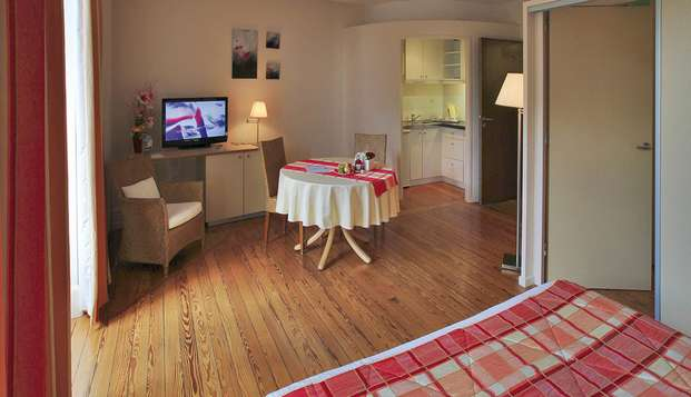 Hotel Residence les Sources - Luxeuil les Bains - room