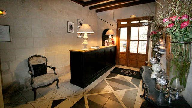 h tel saint pierre 4 saumur francia. Black Bedroom Furniture Sets. Home Design Ideas