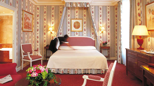 Escapada cultural en suite de un 5* de París (a partir de 2 noches)