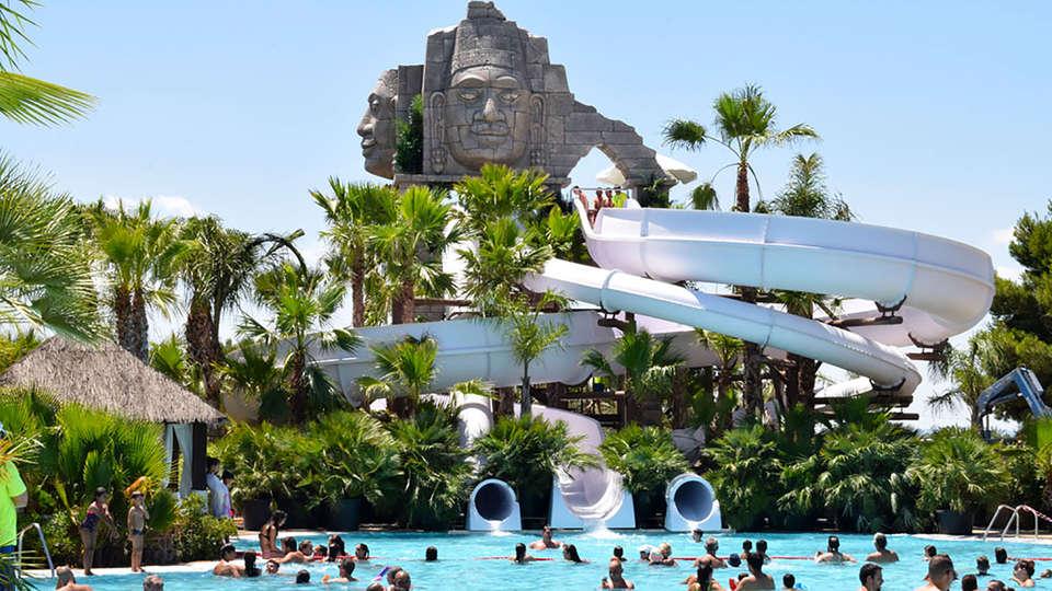 Alannia Costa Blanca Resort - Edit_Pool7.jpg