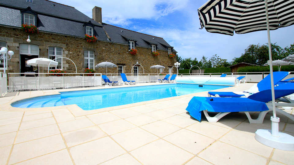 Hotel Spa La Malouinière Des Longchamps - Edit_Pool2.jpg