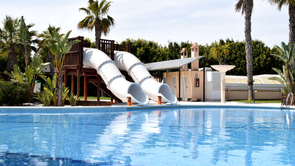 Alannia Guardamar Resort - Edit_Pool9.jpg