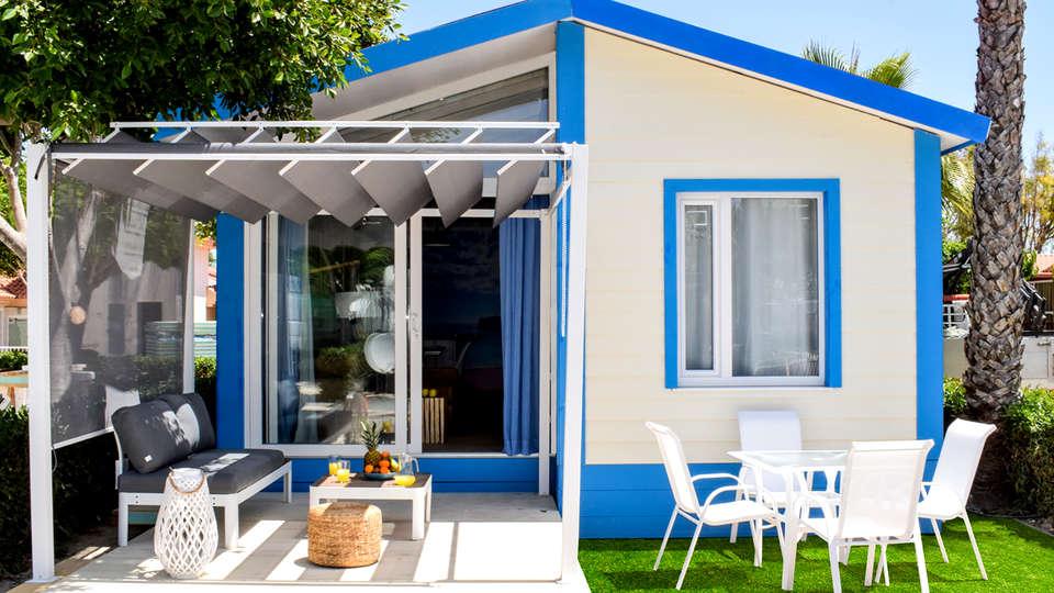 Alannia Guardamar Resort - Edit_Terrace4.jpg