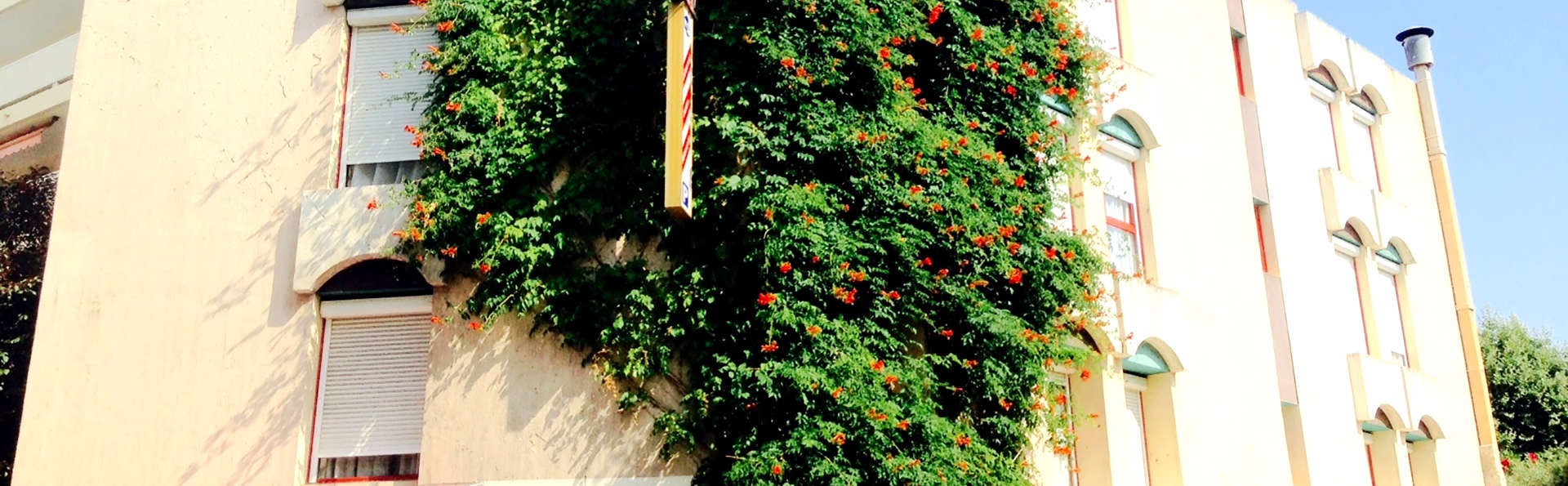 Hôtel Teranga - Edit_Front.jpg