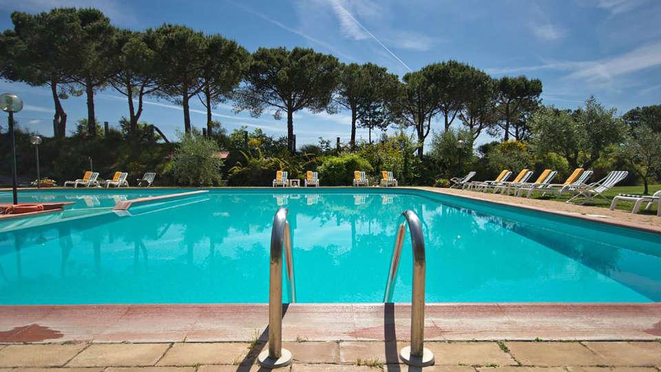 Hotel Panoramic - Edit_Pool4.jpg