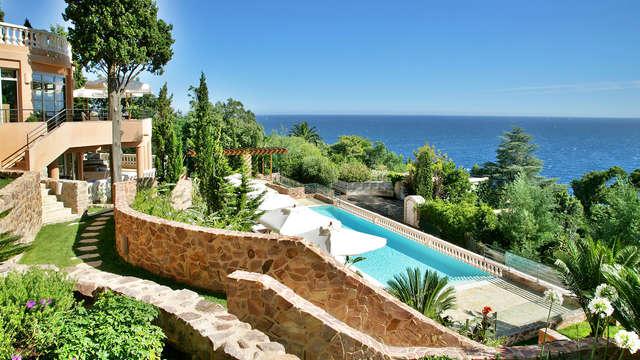 Séjour d'exception en chambre avec vue mer sur la Côte d'Azur