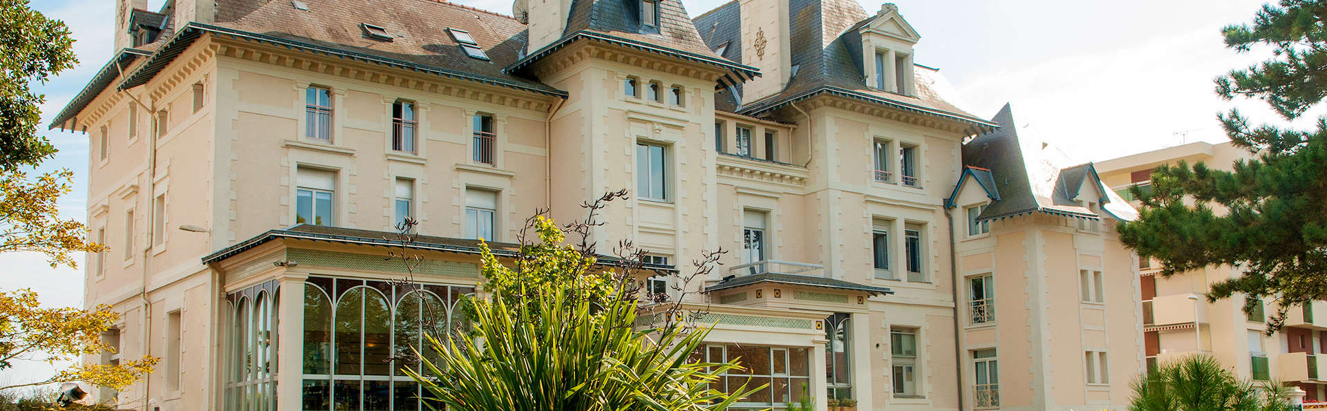 Hôtel Vacances Bleues Villa Caroline - EDIT_Fachada_4.jpg