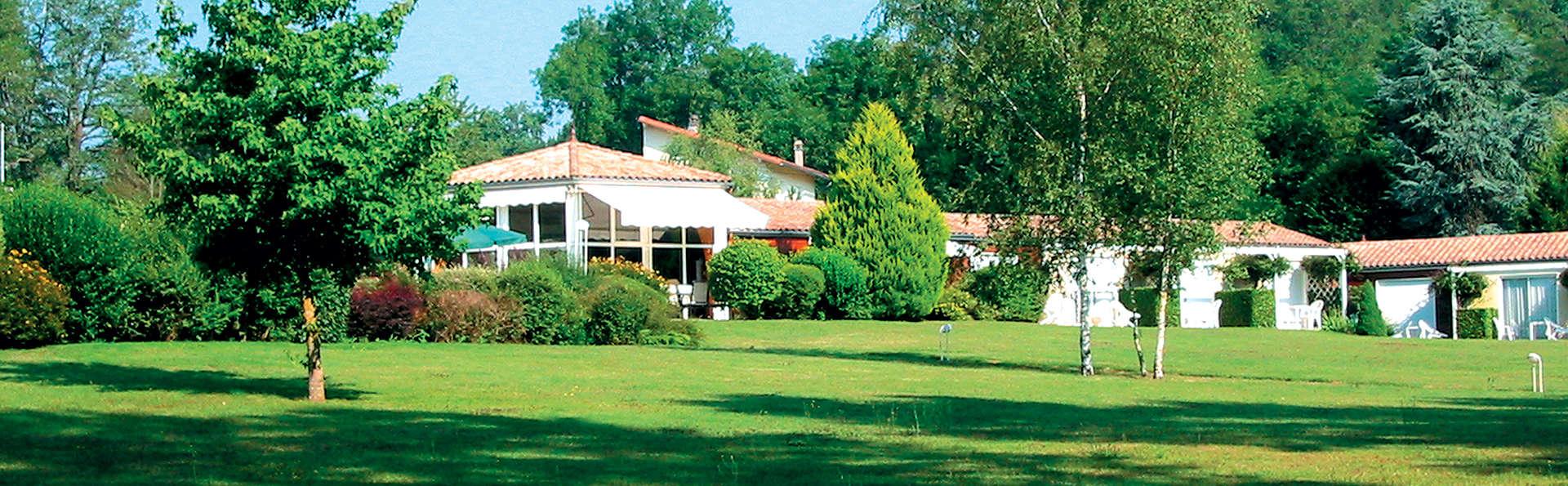 Hôtel Val de Vienne - Edit_Front2.jpg