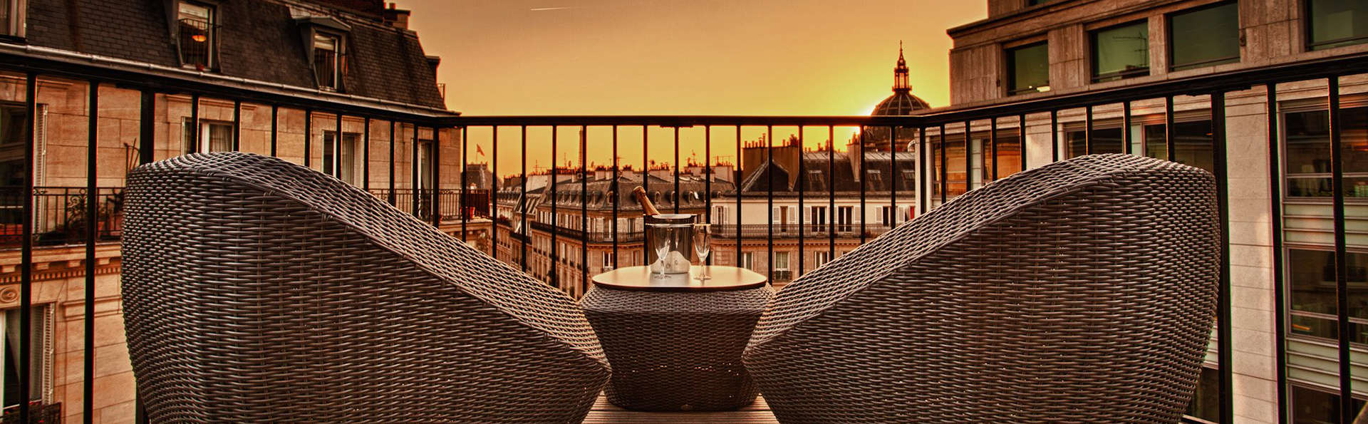 Hotel WO - Wilson Opéra - Edit_Terrace2.jpg
