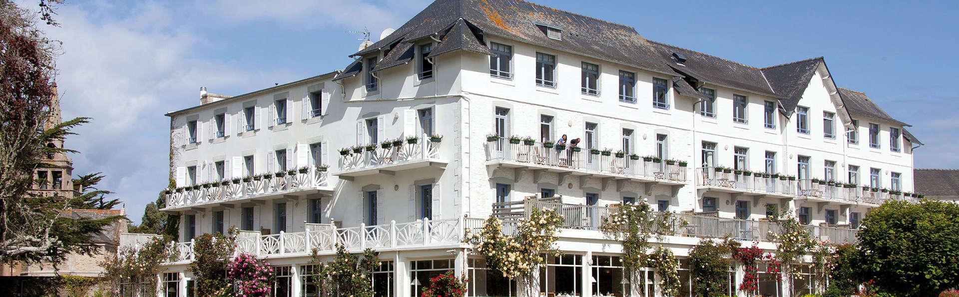 Le Grand Hôtel des Bains, The Originals Relais (Relais du Silence) - Edit_Front.jpg