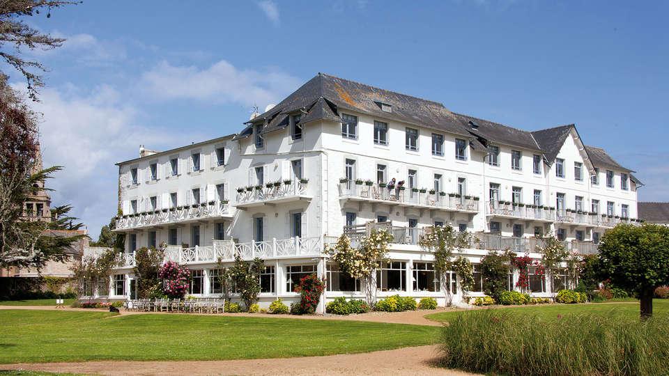 Le Grand Hôtel des Bains Locquirec (Relais du Silence) - Edit_Front.jpg