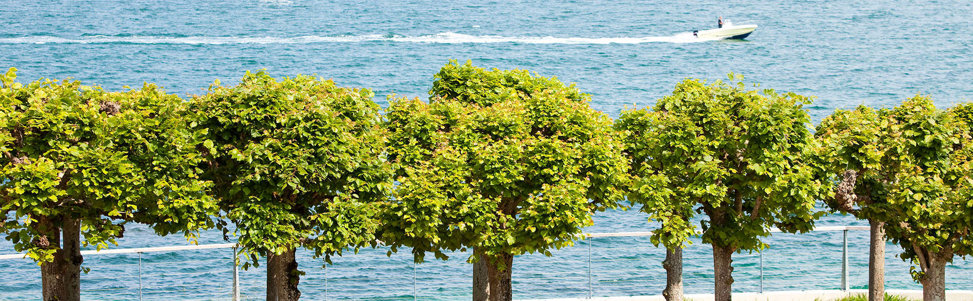 Escapade détente face à la mer sur la côte de Granit Rose