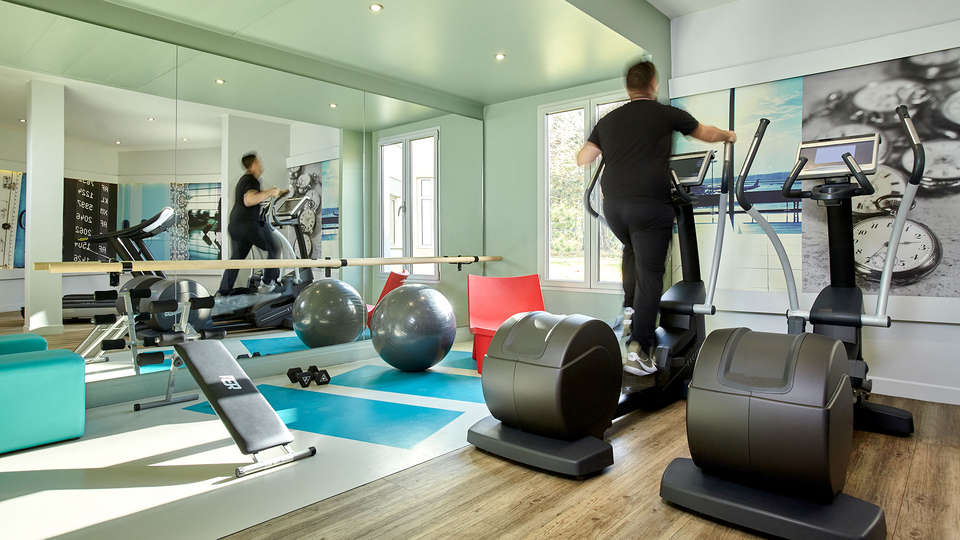 Mercure Paris Roissy CDG - EDIT_NEW_Gym2.jpg