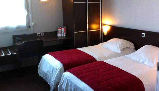 Hotel The Originals du Phare Bordeaux Ouest ex Inter-Hotel - Room