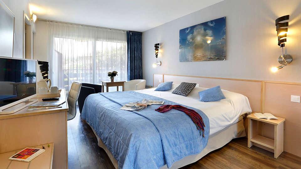 The Originals City, Hôtel L'Arc-En-Ciel, Thonon-les-Bains (Inter-Hotel) - Edit_Room2.jpg