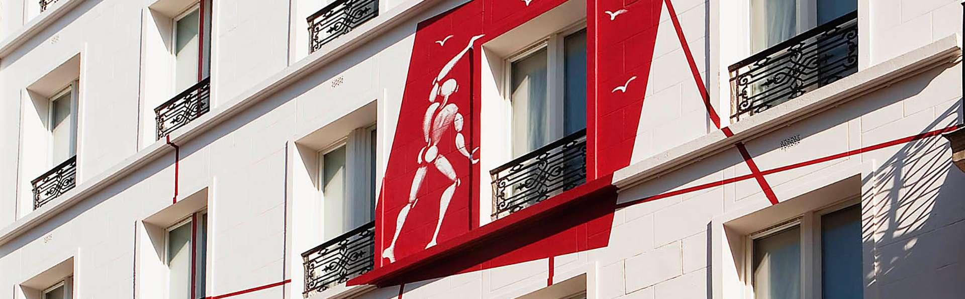 Hôtel des Académies et des Arts - Edit_Front3.jpg