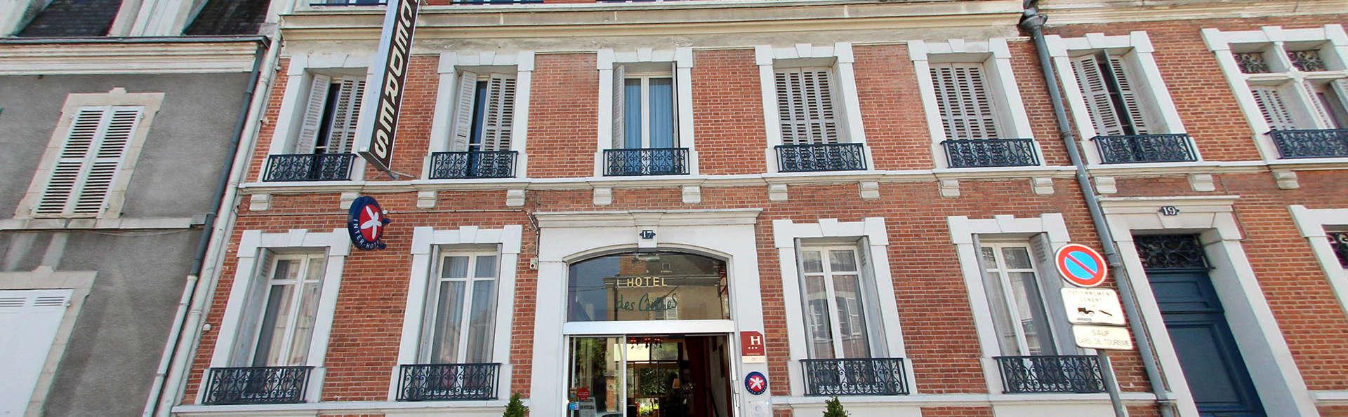 Hôtel des Cèdres - Edit_Front2.jpg